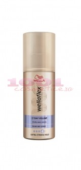 WELLAFLEX 2AND DAY VOLUME BLOW DRY SPRAY PENTRU PAR 4